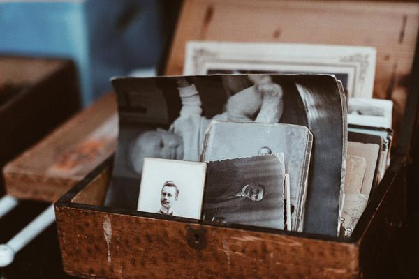 Photograph of a box of photographs