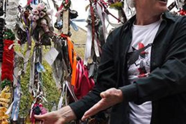 oxford hope and fear at crossbones graveyard