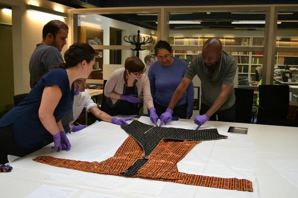 Multaka-Oxford volunteers at Pitt Rivers Museum © Pitt Rivers Museum